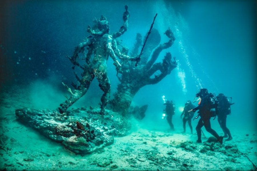 Damien Hirst– Treasures from the Wreck of the Unbelievable